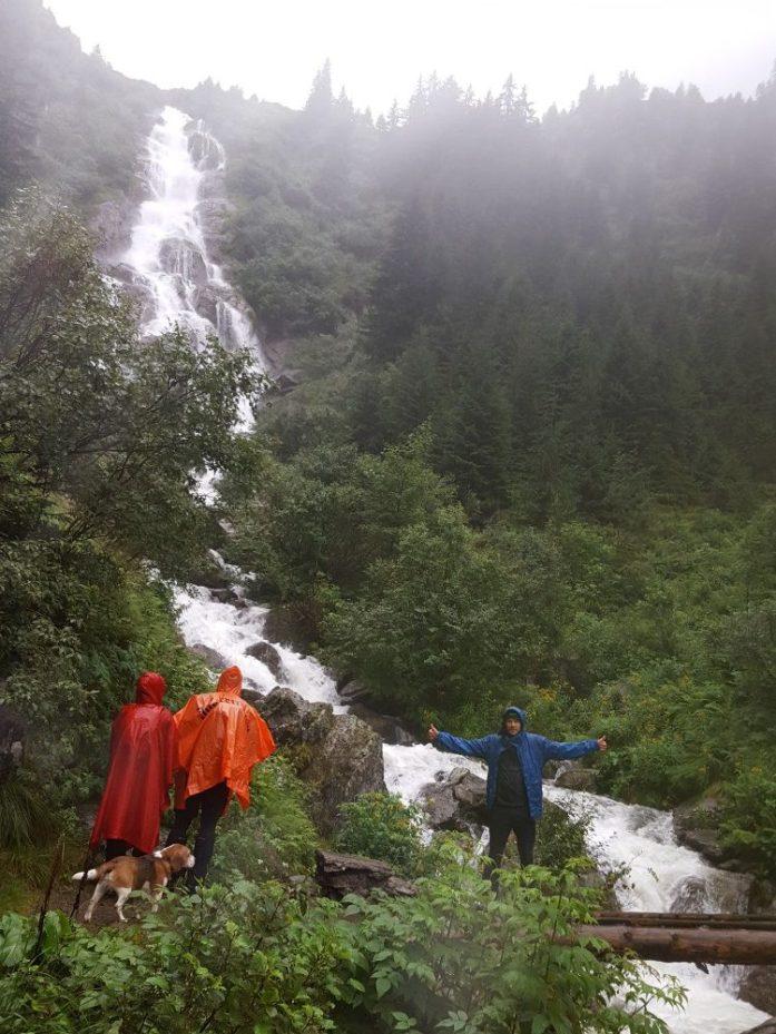 Aventuri in cinci Echipament ploaie munte (8)