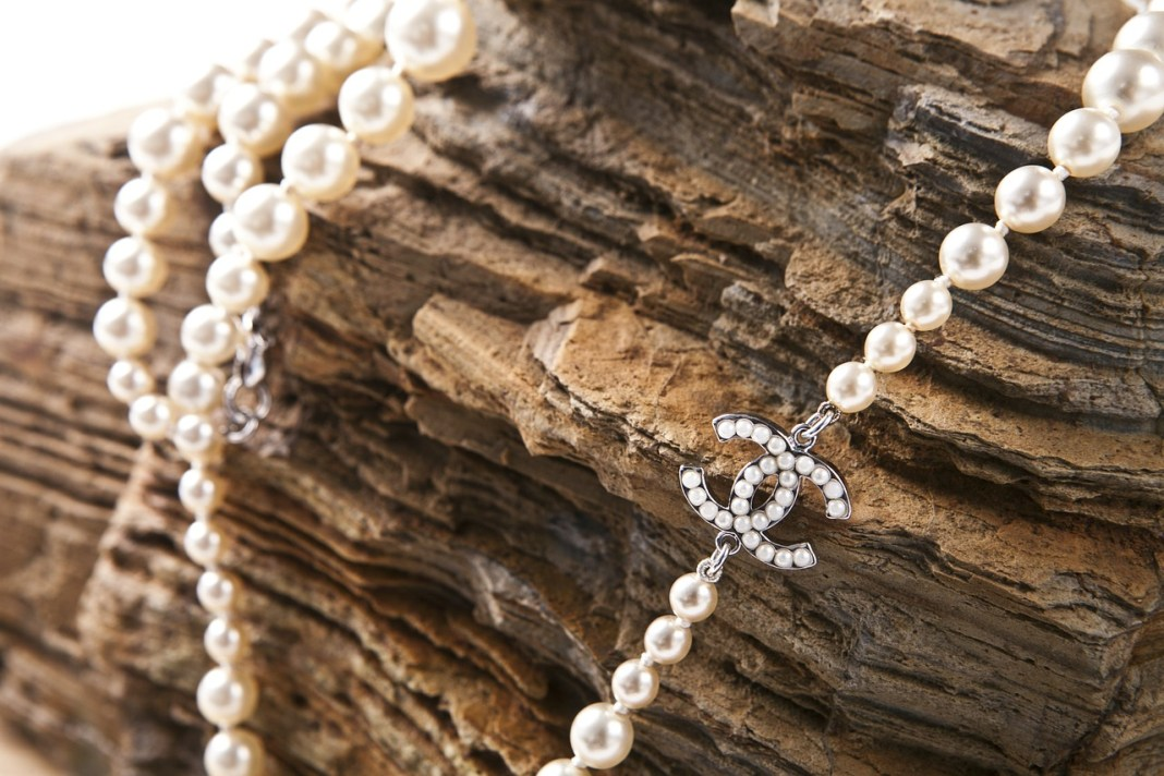 jewelry pearl necklace Chanel