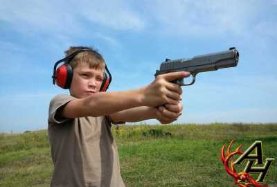 kid child shooting gun pistol