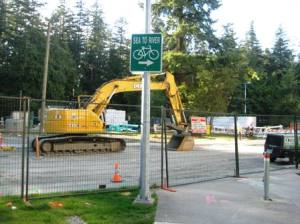 Blockage on Sea to River bike route in burnaby BC