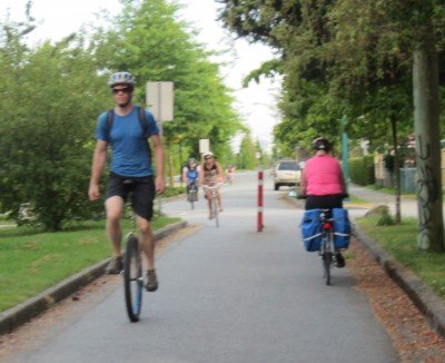 I'm still encountering all kinds of interesting cyclists on my daily bike commutes!