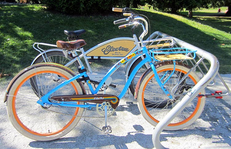 Cruiser bikes are an example of comfort bikes. Many of these cruisers are strikingly good looking bikes. How to Choose the Right Type of Bike - Beginner's Guide