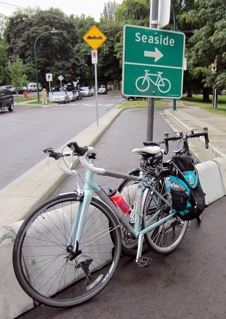 Here's my Giant Avail on a lovely ride we took on the Point Grey bike route in Vancouver