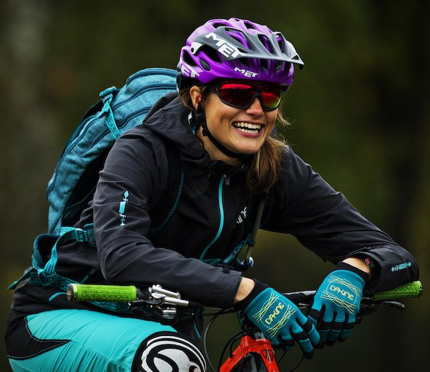 """Adidas athlete Steffi Marth models the new Evil Eye Evo Pro to demonstrate what """"full wrap-around eyewear"""" actually means (what I call """"lizard eyes""""). Photo from http://www.pinkbike.com/"""