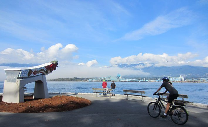 Click here to watch a video and read a guide to the Stanley Park Seawall Route. The Stanley Park Seawall Bike Trail is one of the greatest bike rides in the world. Seaside Bike Route Vancouver