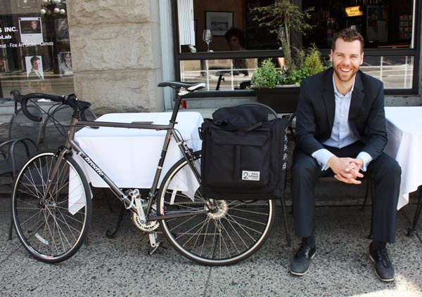 Reid Hemsing, cycle commuter and president of Two Wheel Gear. Two Wheel Gear Classic 2.0 Garment Pannier Review