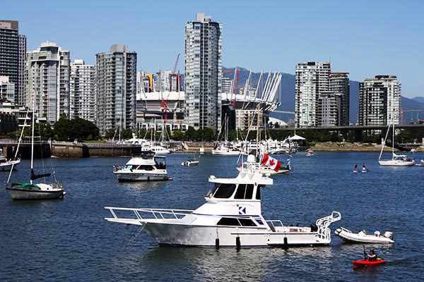 From the Seaside Bike Route, you can enjoy beautiful views of downtown Vancouver across the water