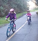 Children-cycling-on-Rocky-Point-bike-trail
