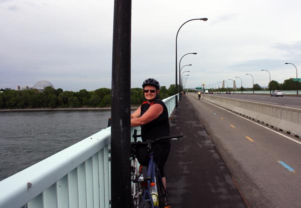 Here is Joe saying his goodbyes to the course - Montreal cycling