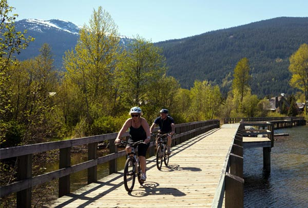 There are several bridges over the five alpine lakes in the Whistler area. Some of them have bridges, providing especially fun and spectacular segments of the Whistler Valley Trail bridge