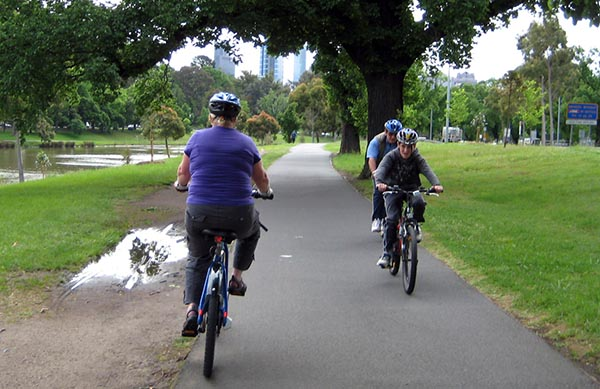 Melbourne has quite a lot of separated bikeways