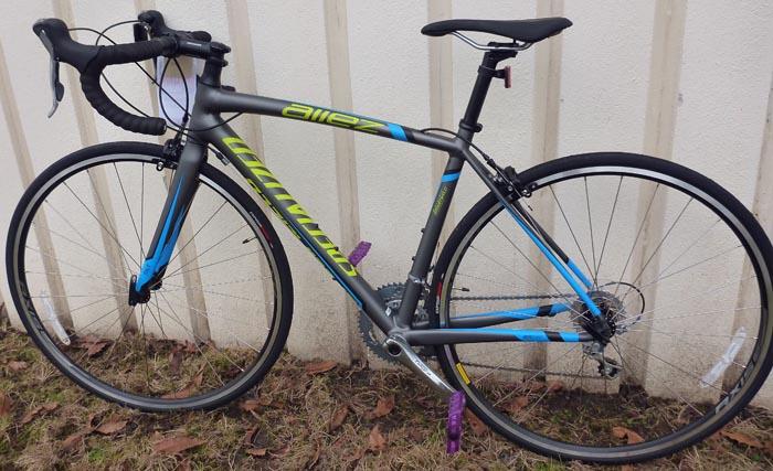 The Specialized Allez Elite 2014 is a beautiful bike