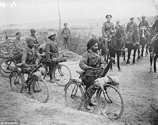 Volunteer soldiers from India in a bike unit during World War I