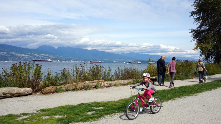 The Seaside Bike Route in Vancouver is suitable for the whole family