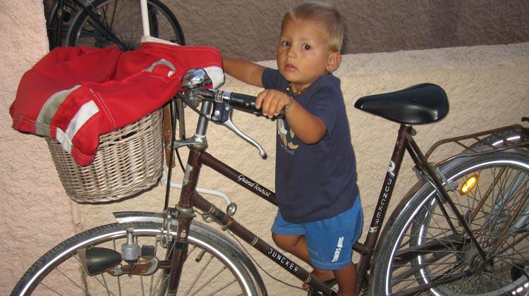 how to sell your bike on craigslist - bike too big 2