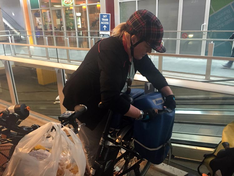The fine art of cramming wine, fruit, vegetables, and assorted groceries into your pannier! Moving towards a car-free life