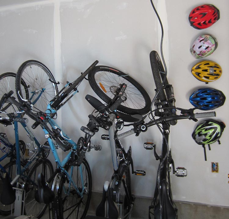 Ridehunting has created a global virtual community rental market for all cyclists, surfers, boarders, and skiers who want to rent equipment, or rent it out. Why not make some money from some of those bikes cluttering up your garage?
