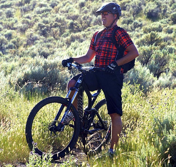 Dave Blackmore - one of the BELCH team members - wearing the BELCH Gear plaid cycling jersey. And having some fun!