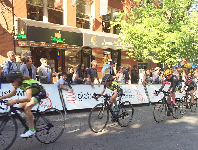 The Gastown Grand Prix has three segments: youth, women, and men. Some of the youth were tiny, but all put on a great display of cycling determination and amazing skill. BC Superweek 2017