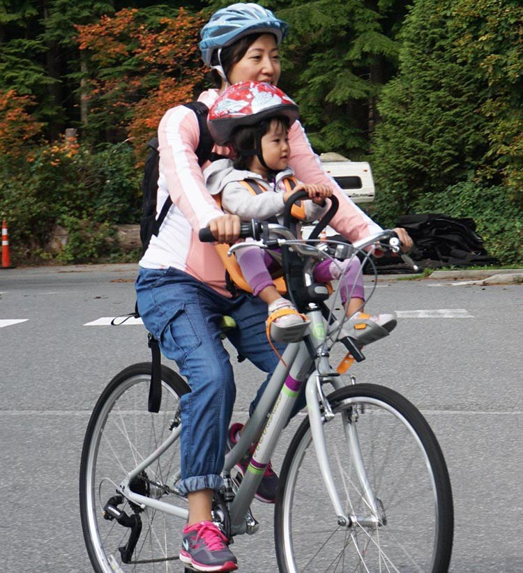 Separate bike lanes make life safer for a lot of people. And front mounted bike seats for kids enable you to stay in constant communication with your child - how to safely transport kids on bikes