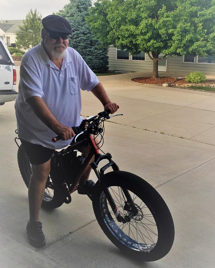 A guide for fat cyclists. This is my buddy Bob, who built himself an e-bike tough enough to handle his weight