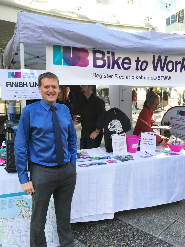 Spring Bike to Work Week starts Monday, and HUB Cycling celebrated the event today by challenging cars and transit users to commute more quickly than their biking friends