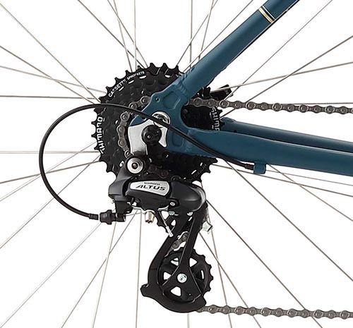 21 Shimano gears make for an easier, more efficient bike ride on the Raleigh Detour 2 Comfort Hybrid Bike