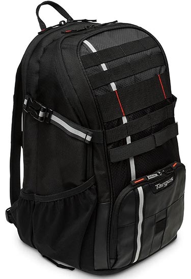 Targus Work + Play Cycling Backpack Review. On one side of the backpack is a spacious water bottle holder