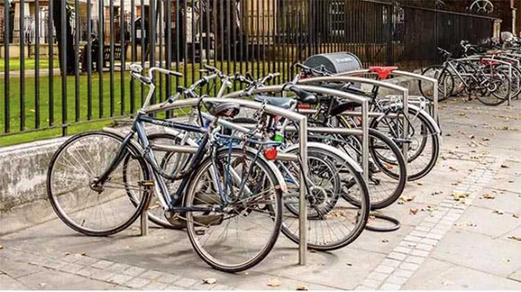 A bike rack with dozens of bikes may look like a (free) candy store to a bike thief
