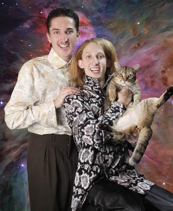 The-21-Most-Awkward-Family-Photos02-11