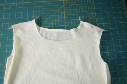 Avery Lane Blog Ottobre tee sew-along tutorial