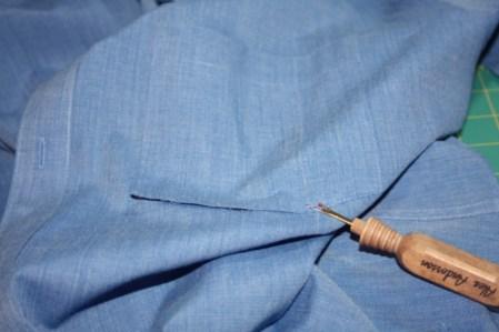 Avery Lane Blog upcycle tutorial mens dress shirt into girl's  tunic1