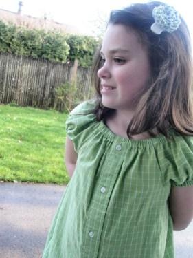 Avery Lane Blog upcycle mens dress shirt into girl's  tunic
