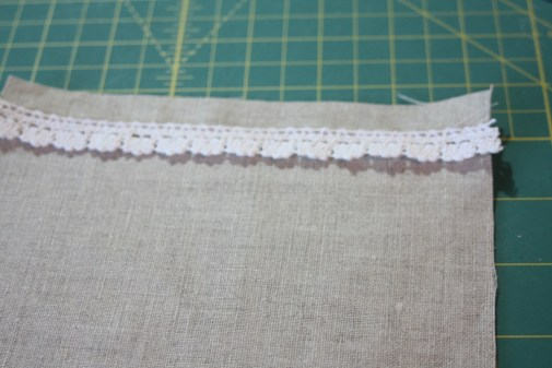 Sewing tutorial for making phone charging station