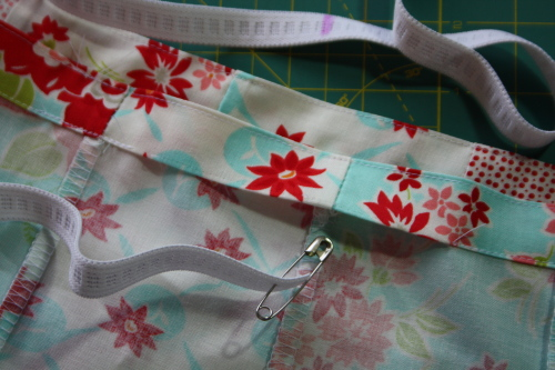 16 Fat Quarter Bundle Skirt Country Skirt Sewing  Tutorial 045