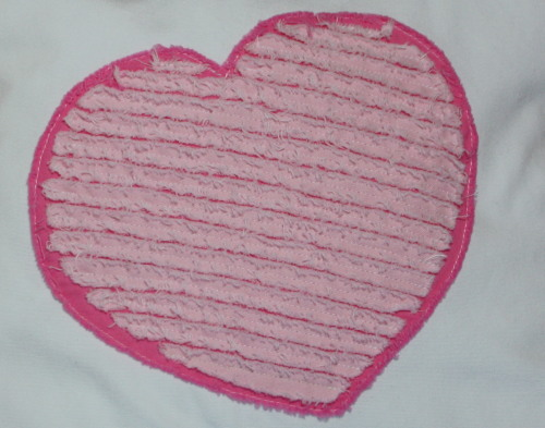 Chenille Heart Applique for Valentine's Day tutorial by AveryLaneSewing