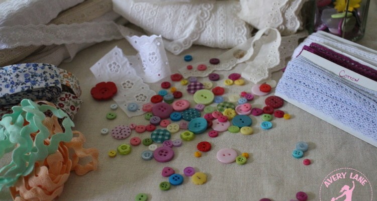 Organizing Buttons and Trims