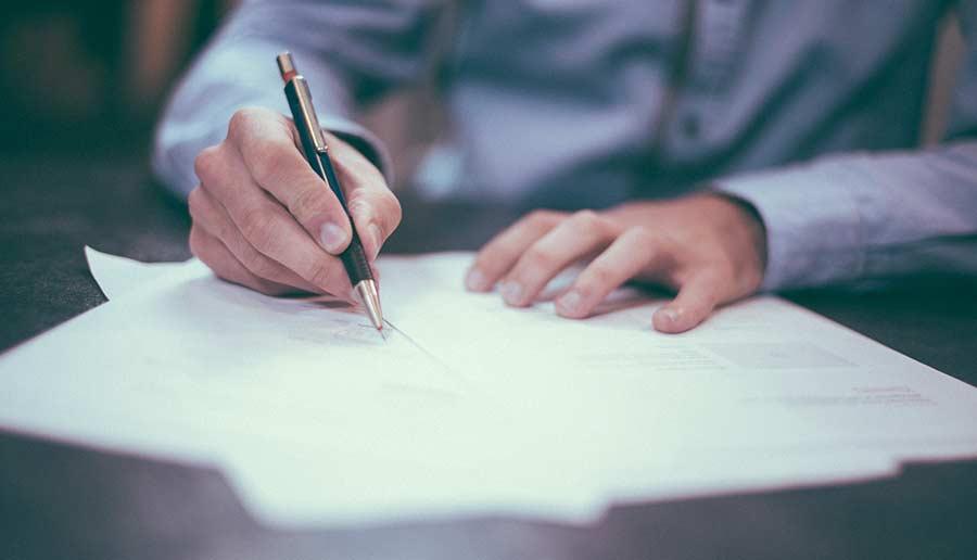 rezilierea contractului de leasing