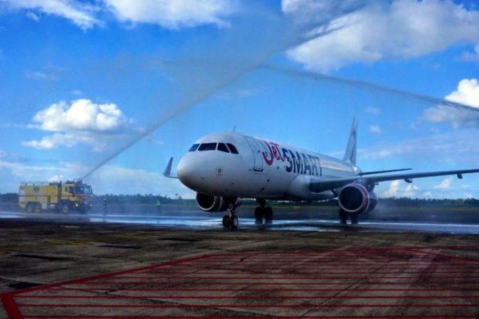 JetSmart faz voo inaugural em Foz do Iguaçu