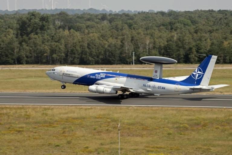 Boeing seleciona rádio airborne SRD da Leonardo para equipar frota AWACS da OTAN