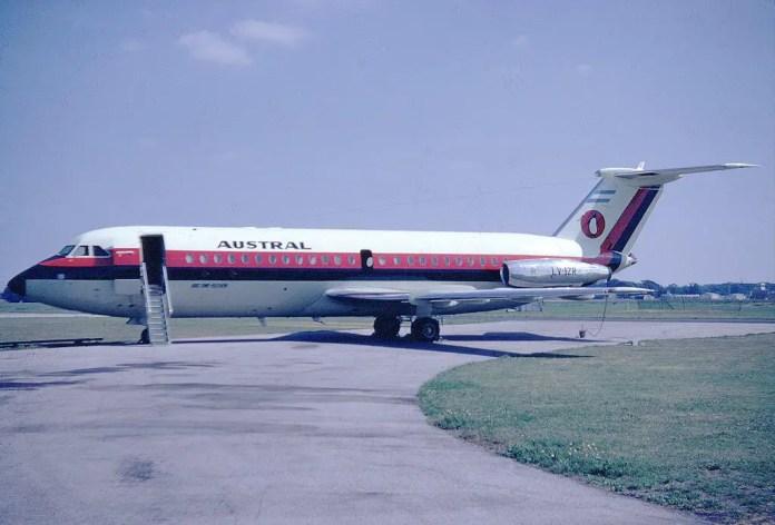 122 Austral 1-11 LV-IZR Hurn 1967