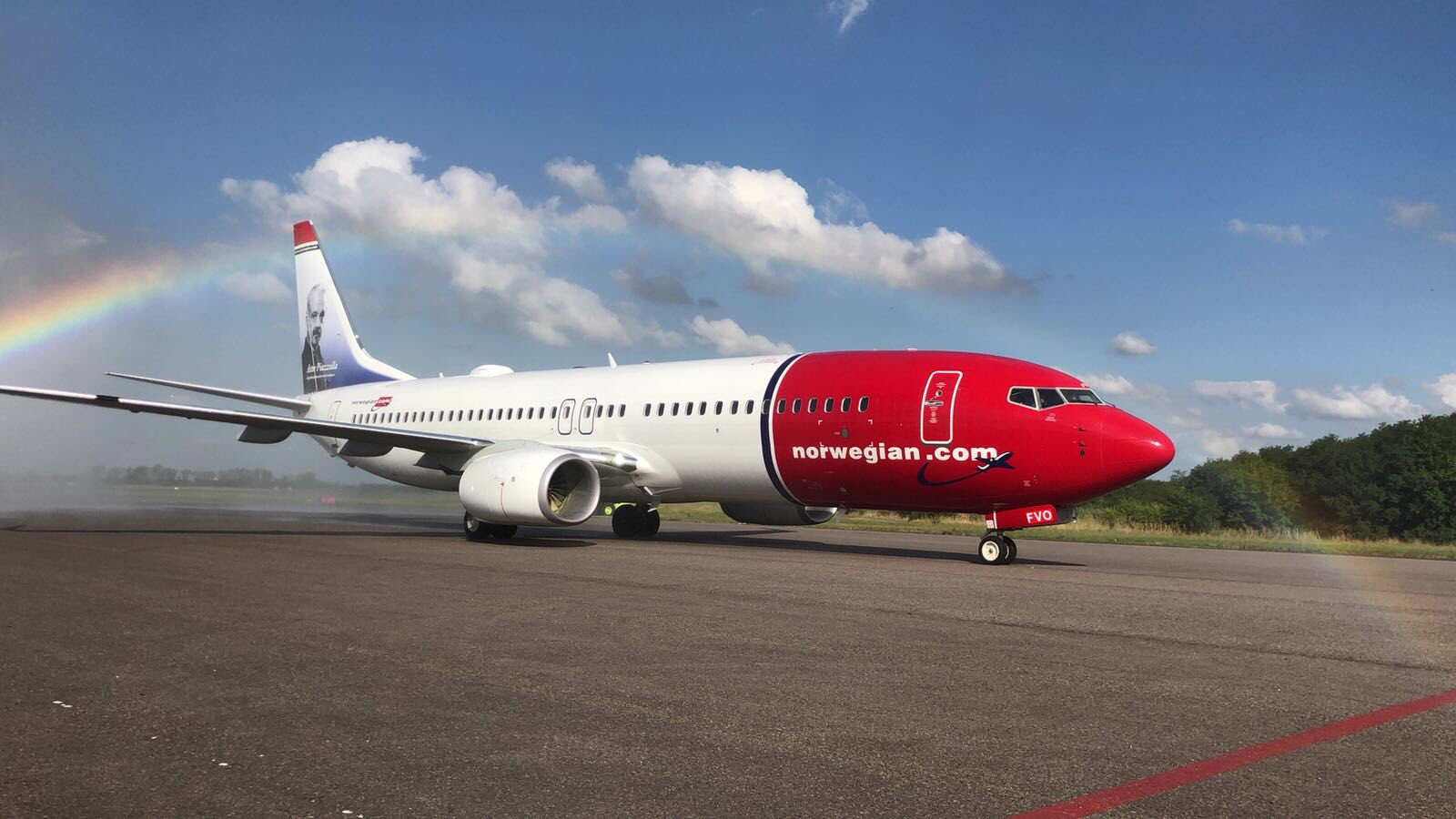 Resultado de imagen para Boeing 737-800 Norwegian Air Argentina