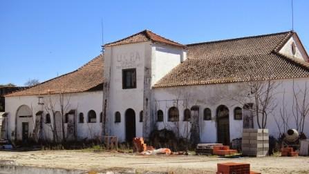 Cooperativa de Campo Maior en ruinas