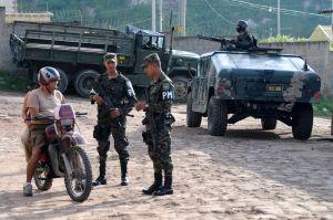 Honduras - II - policia_militar_honduras