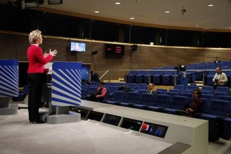 Texto 13 A Comissão Europeia anuncia o depois da guerra 1
