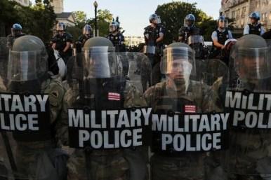 Donald Trump não enviou as tropas, elas já cá estão 6