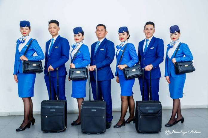 How-to-become-air-hostess-after-12th