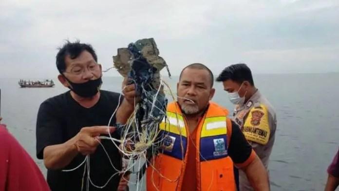 boeing 737 500 wreckage