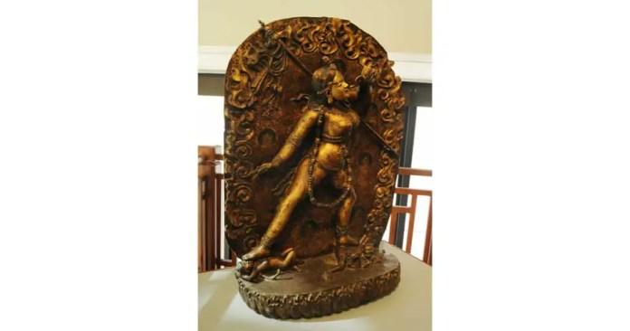 asian art museum dallas statue aviatechchannel
