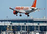 EasyJet stations tenth aircraft in Berlin, launches new routes 32